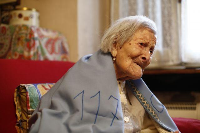 ВИталии скончалась старейшая женщина вмире