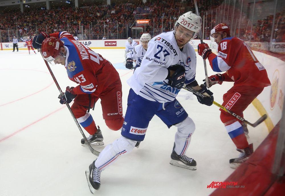 Между первым и вторым голом россиян прошло чуть больше минуты.