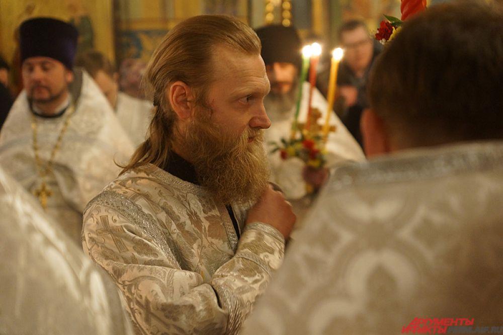 С апостольских времен праздник христианской Пасхи продолжается семь дней, или восемь, если считать все дни непрерывного празднования Пасхи до Фомина понедельника.