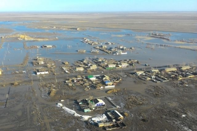 МЧС: из поселков Целинный и Степной уходит вода