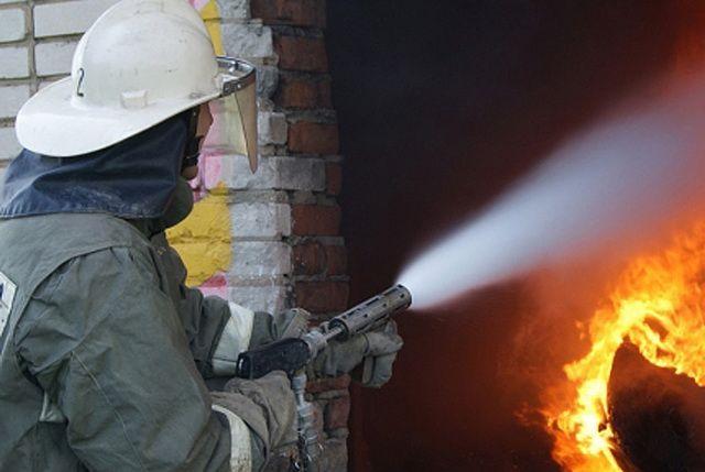 Сообщение о возгорании поступило на пульт дежурного 16 апреля в 19:05.
