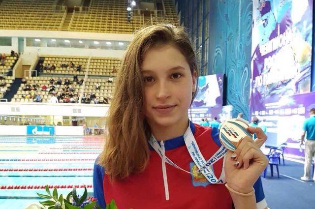 Александра Сабитова стала призером чемпионата России по плаванию.