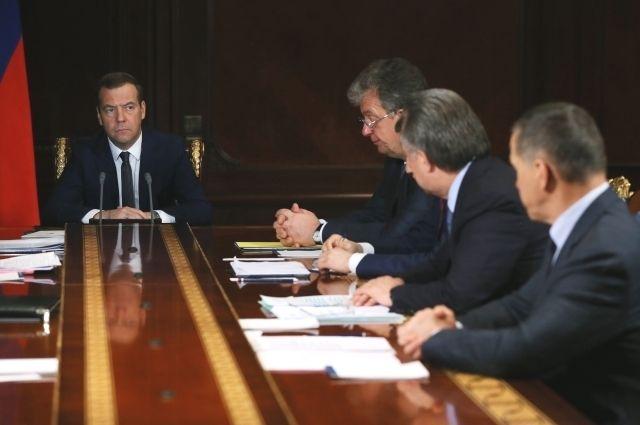 Медведев: Дальний Восток РФ без виз смогут посещать граждане 18 стран
