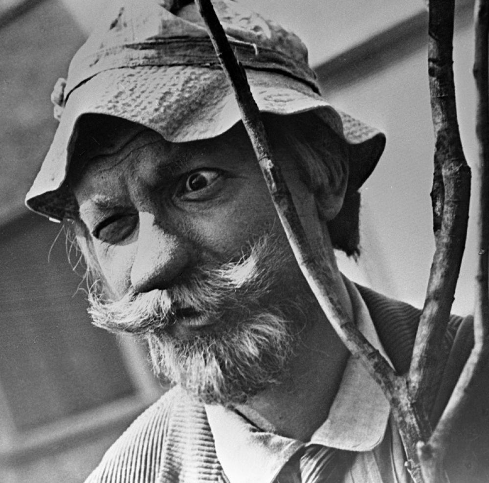 Георгий Вицин в роли волшебника в художественном фильме «Сказка о потерянном времени». 1964 год.
