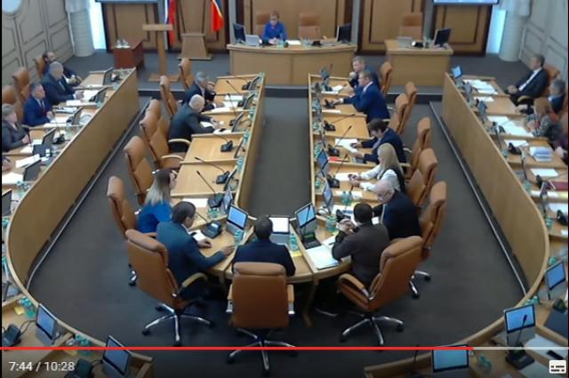 Народные избранники красноярского Горсовета сорвали сессию о собственной отставке