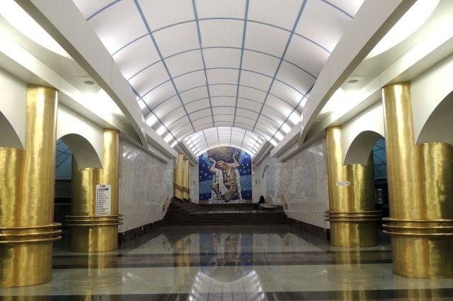 На 5-той линии петербургского метро устаналивают оборудование Wi-Fi