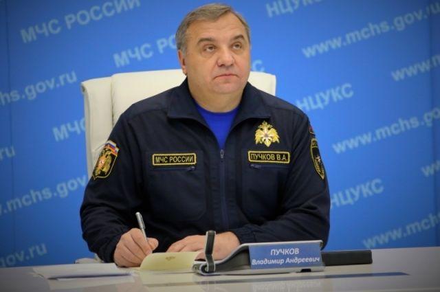 Руководитель МЧС РФ перед Кубком конфедераций оценил технику ивооружение МЧС Татарстана