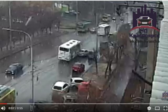 ДТП произошло на улице Высотная.