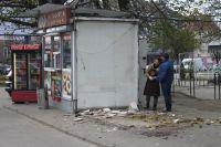 В Калининграде с Ленпроспекта по просьбе жильцов убрали две торговые палатки.