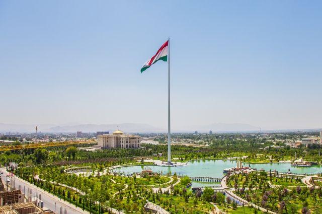 Таджикистан: Рустами Эмомали избран председателем совета национальных депутатов Душанбе