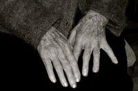 Две пенсионерки из Беляевского района ограбили односельчанку
