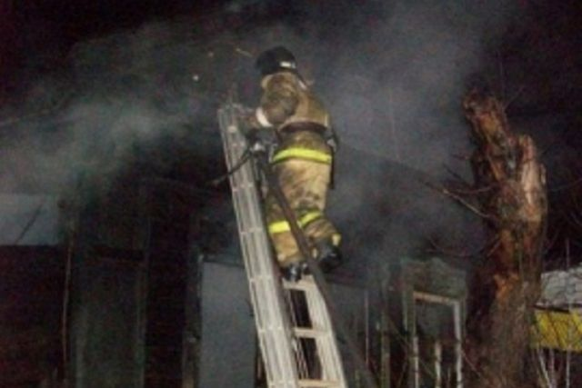 Для ликвидации последствий пожара от ведомства привлекалось пять человек и две единицы техники.