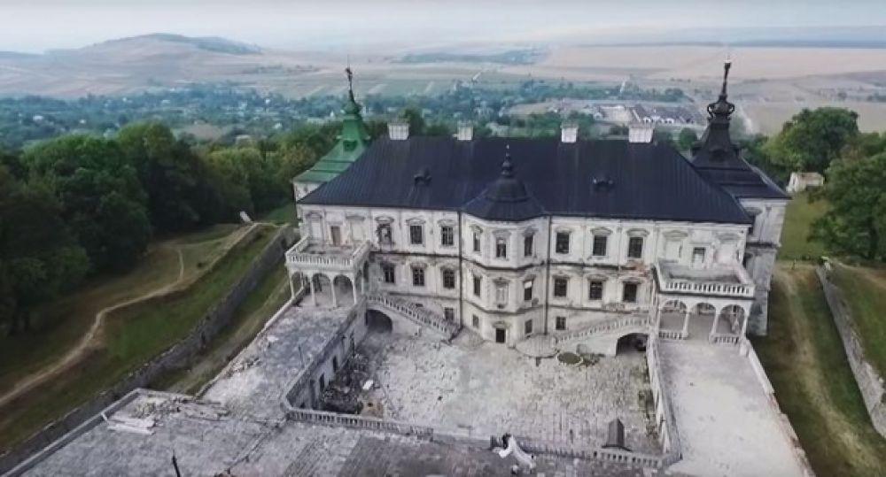 Около Львова расположен Подгорецкий замок - памятник архитектуры эпохи позднего Ренессанса и барокко