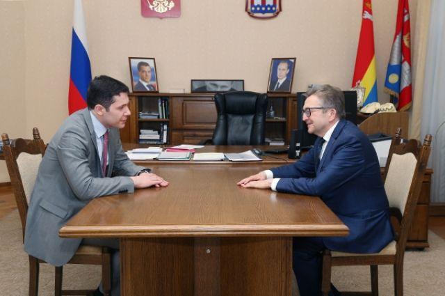 Президент Федеральной национально-культурной автономии российских немцев Генрих Мартенс и глава региона Антон Алиханов.