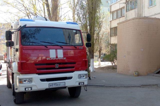 Пожарные оперативно выехали на место.