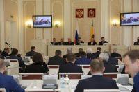 Наибольший доход из депутатов задекларировал Борис Кулагин.