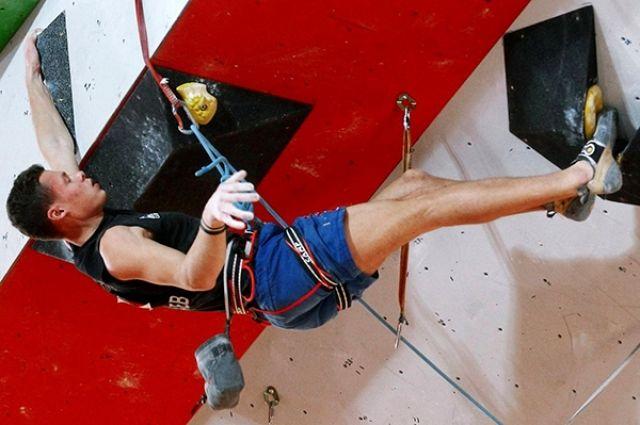 Скалолаз Сергей Быдтаев из Калининграда победил на чемпионате России.