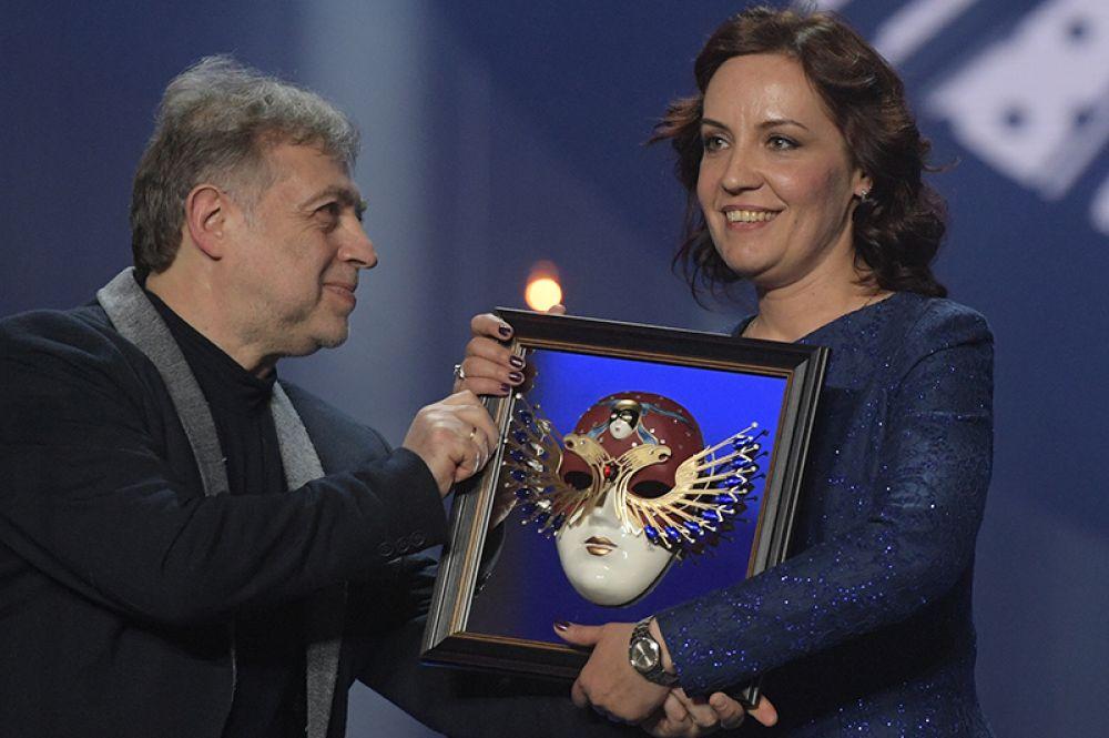 Оперная певица Надежда Павлова, получившая награду в номинации «Лучшая женская роль в опере» («Травиата», Театр оперы и балета имени Чайковского, Пермь).