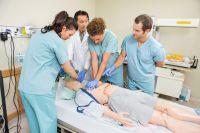 «Претензии к качеству подготовки студентов-медиков в последнее время возникают всё чаще», - считает Л. Рошаль.
