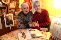 В доме Тамары Фёдоровны Лагодиной и её дочери Ирины собран целый архив фотографий и воспоминаний о первых тракторостроителях.