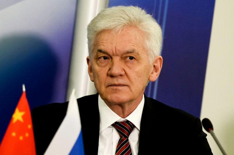 Четвертую строчку занимает основатель и акционер инвестиционной группы Volga Group Геннадий Тимченко. Его состояние оценивается в $16 млрд.