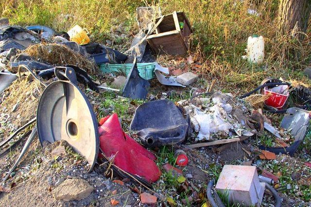ВВолгограде шофёр ассенизатора сливал нечистоты рядом сдачами