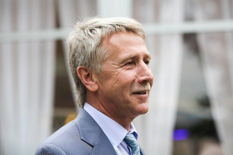 Второй раз подряд список возглавил совладелец газодобывающей компании «Новатэк» Леонид Михельсон. Его состояние за год выросло до $18,4 млрд.