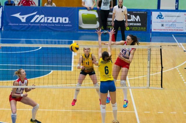Команда волейболисток «ЮЗГУ-Политех» преждевременно завоевала бронзовые медали