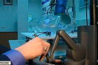 Русский робот-хирург.