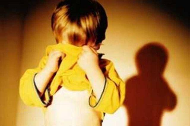 ВЧереповце тринадцатилетний парень насиловал детей влифтах