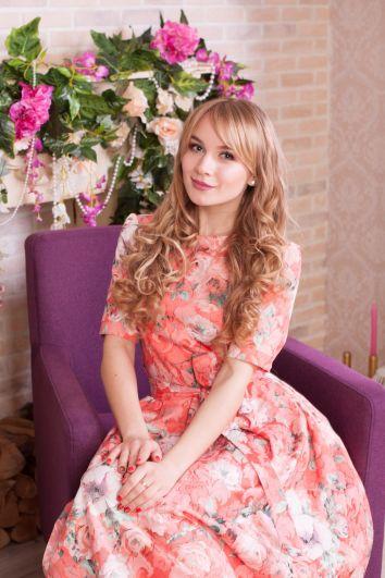 Валерия Петрова, 22 года. ВолГУ, специальность «Финансы и кредит».