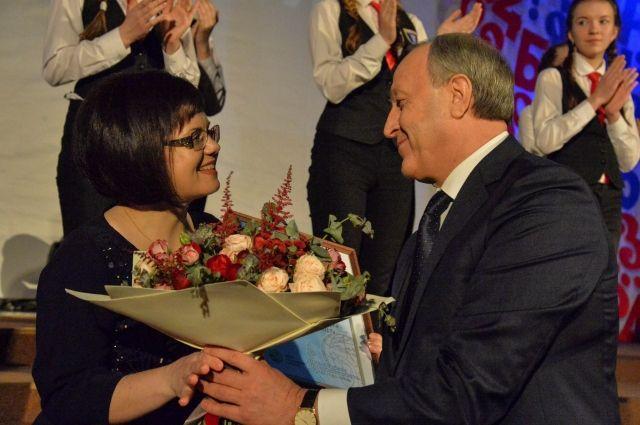ВСаратовской области выбрали учителя года