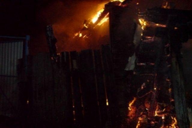 Напожаре вжилом глиняном доме вРязанской области пострадал человек