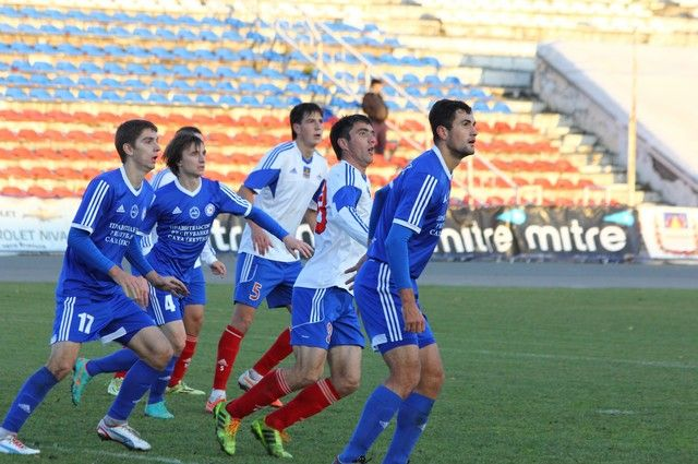 Омские футболисты стартовали с победы.