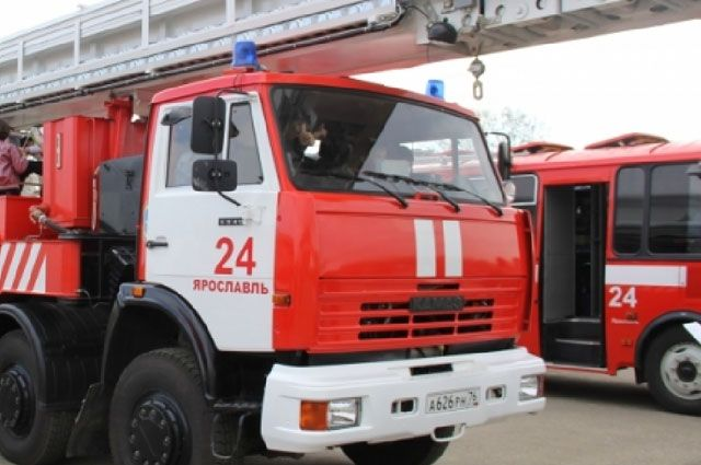После ликвидации очага возгорания пожарные нашли в одной из комнат труп 71 летней женщины.