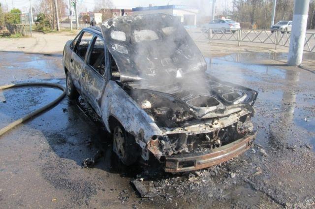 ВТуле наМосковском шоссе сгорела легковушка