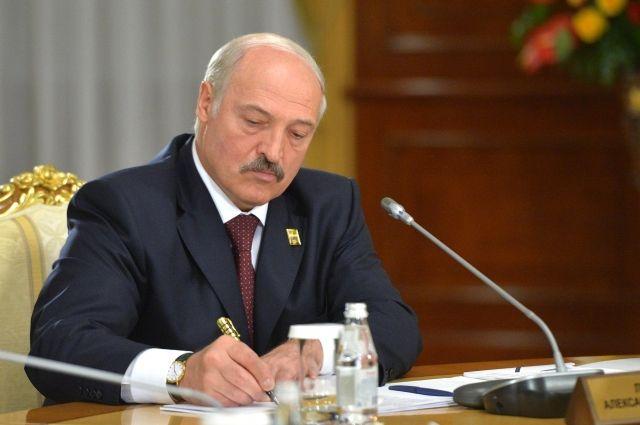 Лукашенко рассказал об условиях отмены декрета о тунеядцах