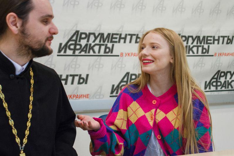 Отец Александр и Ингрет Костенко
