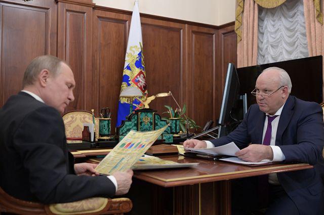 Президент РФ Владимир Путин и глава Республики Хакасия Виктор Зимин.