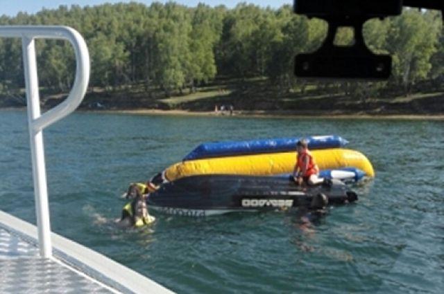 ВКстове осудили водителя лодки за смерть пассажира «банана»