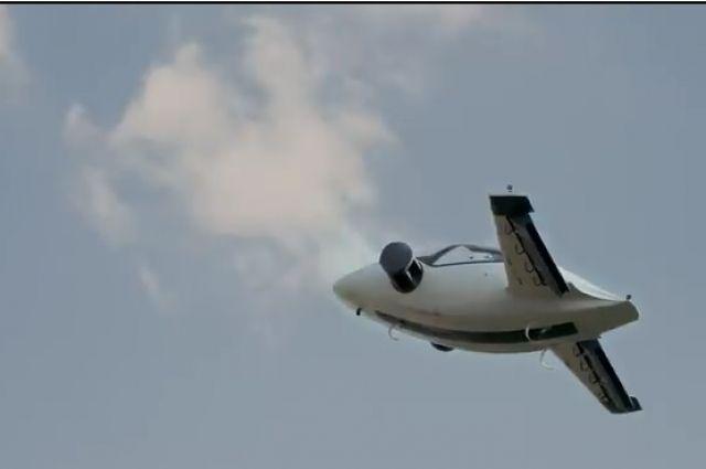 ВГермании протестировали 1-ый вмире летающий электромобиль свертикальным взлетом