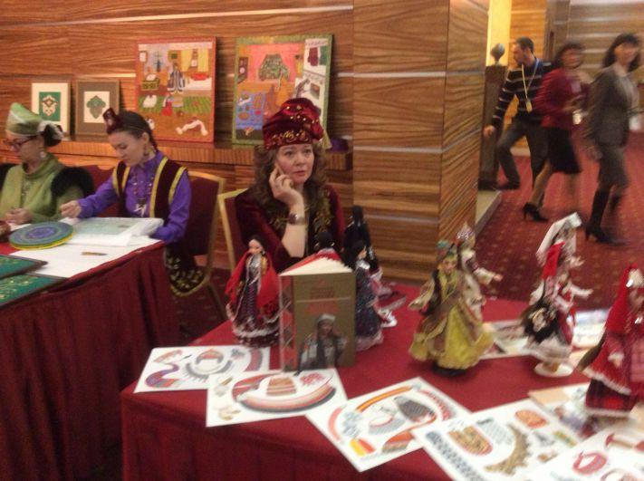 На съезде были представлены изделия мастеров разных национальностей.