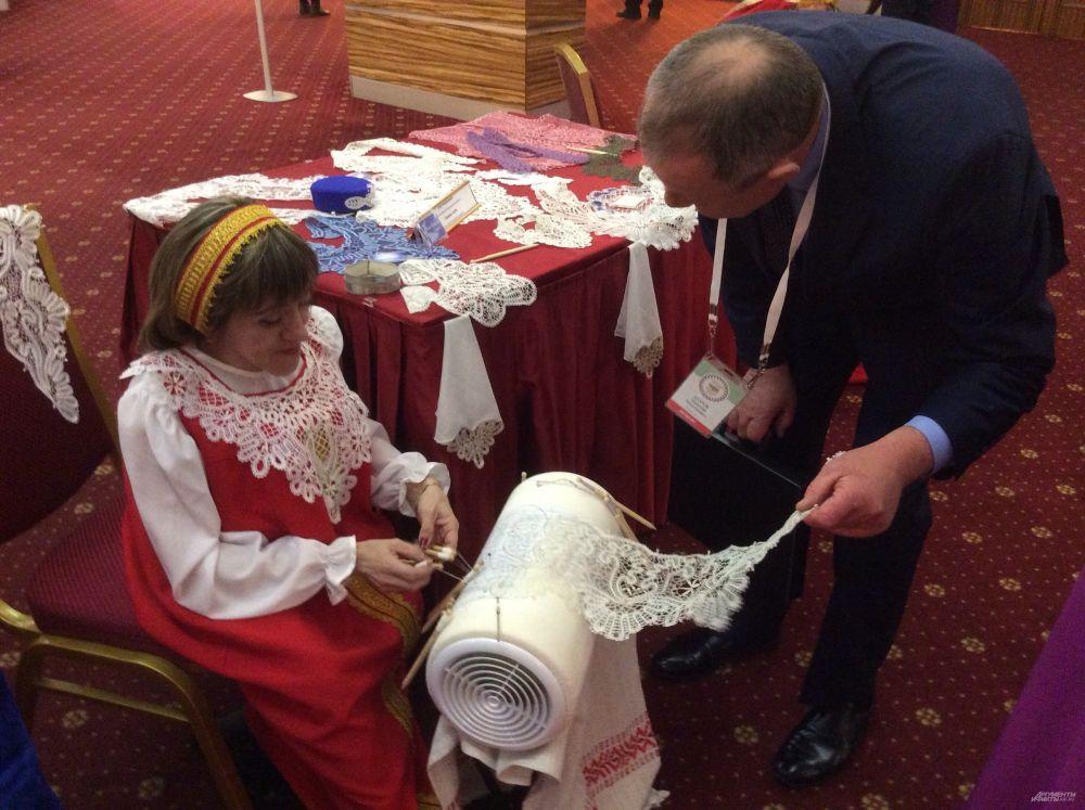 В Татарстане тоже плетут вологодские кружева.