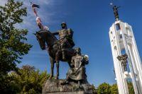 Скульптурный ансамбль на Покровской горе.