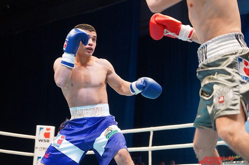 Большой международный турнир по боксу состоялся на площадке спортивного комплекса имени В. Сухарева в пятницу вечером, 21 апреля.