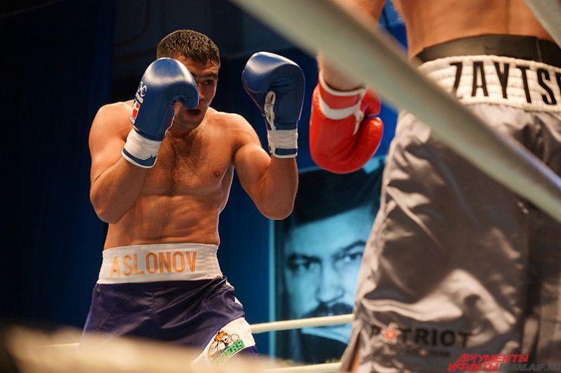 Победы также одержали Артем Зайцев и Павел Силягин. Благодаря этому Patriot Boxing обеспечила себе второе место в группе С. Россияне попали в четвертьфинал.