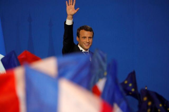 Макрон обошел Ле Пен в первом туре президентских выборов во Франции