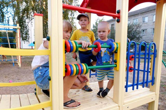 В Пуровском районе психиатр-нарколог рассказал, как защитить детей от опасных групп.