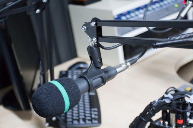 О школьной радиоволне мечтают ученики школы №25