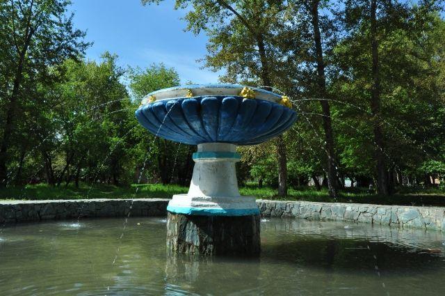Не все фонтаны Омска работают эффектно.